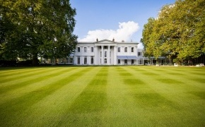 the-hurlingham-club---clubhouse.jpg