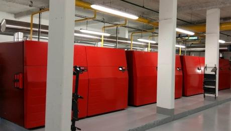 Chaufferie 8000 kW avec chaudières à condensation Hoval UltraGas